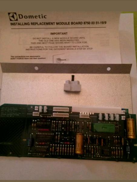 Dometic 87500351-19 RV Refrigerator Control Board RM663 | RV