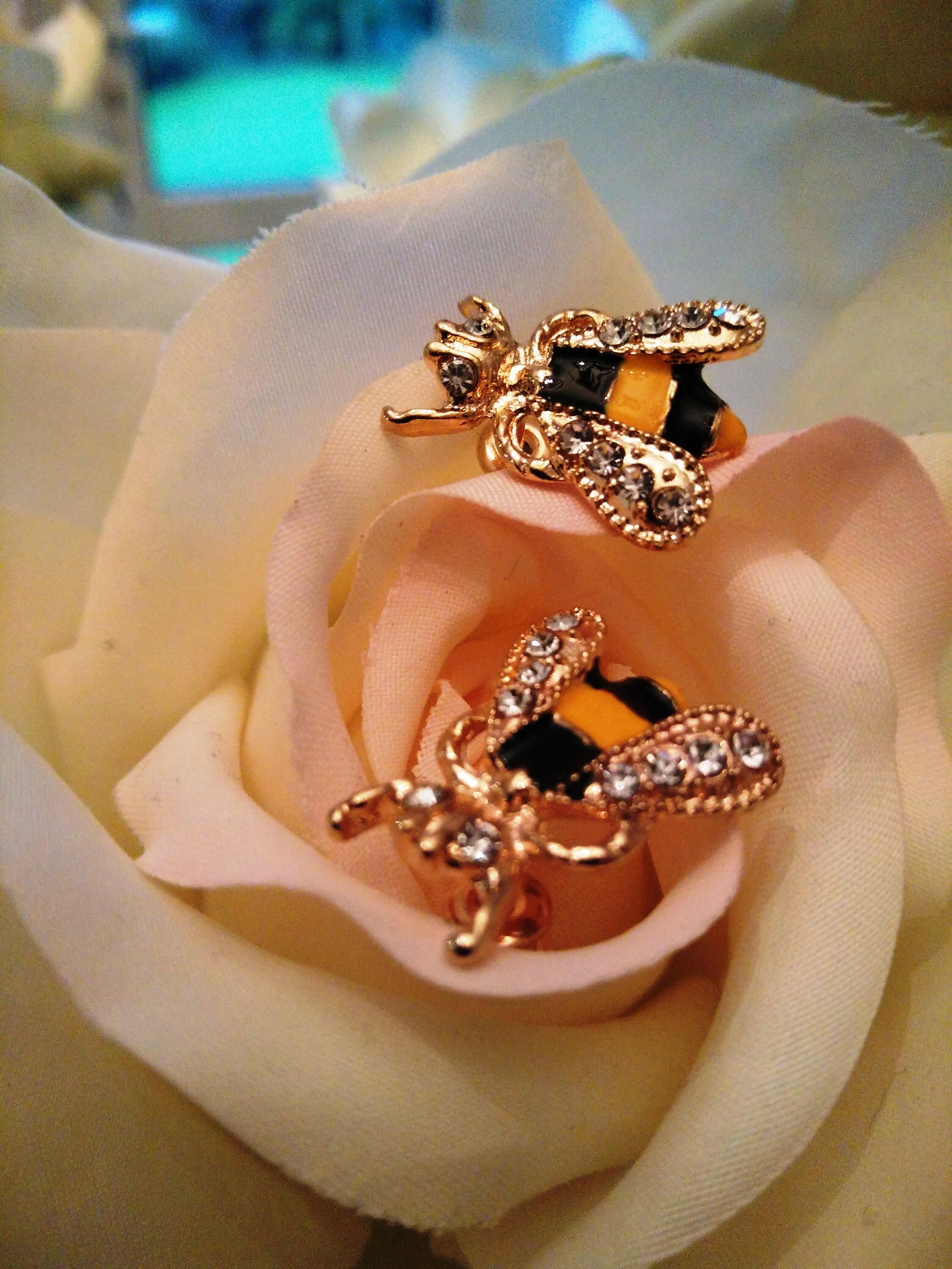 spinningdaisy handcrafted products gold bumble earrings bee brushed metal stud