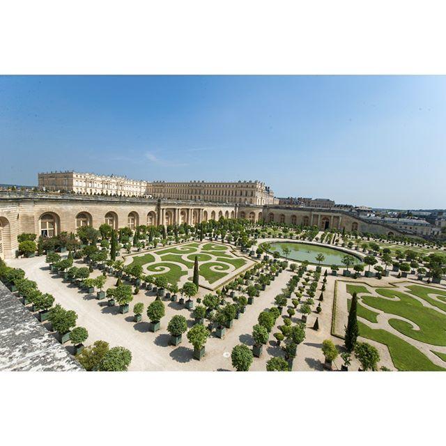 Le 1er Septembre 2015 il y aura 300 ans que le Roi Louis XIV rendait son dernier soupir au #château de #Versailles dans ce monument qu' il dédie à sa gloire et qui fit le rayonnement de la #France by parismatch_magazine