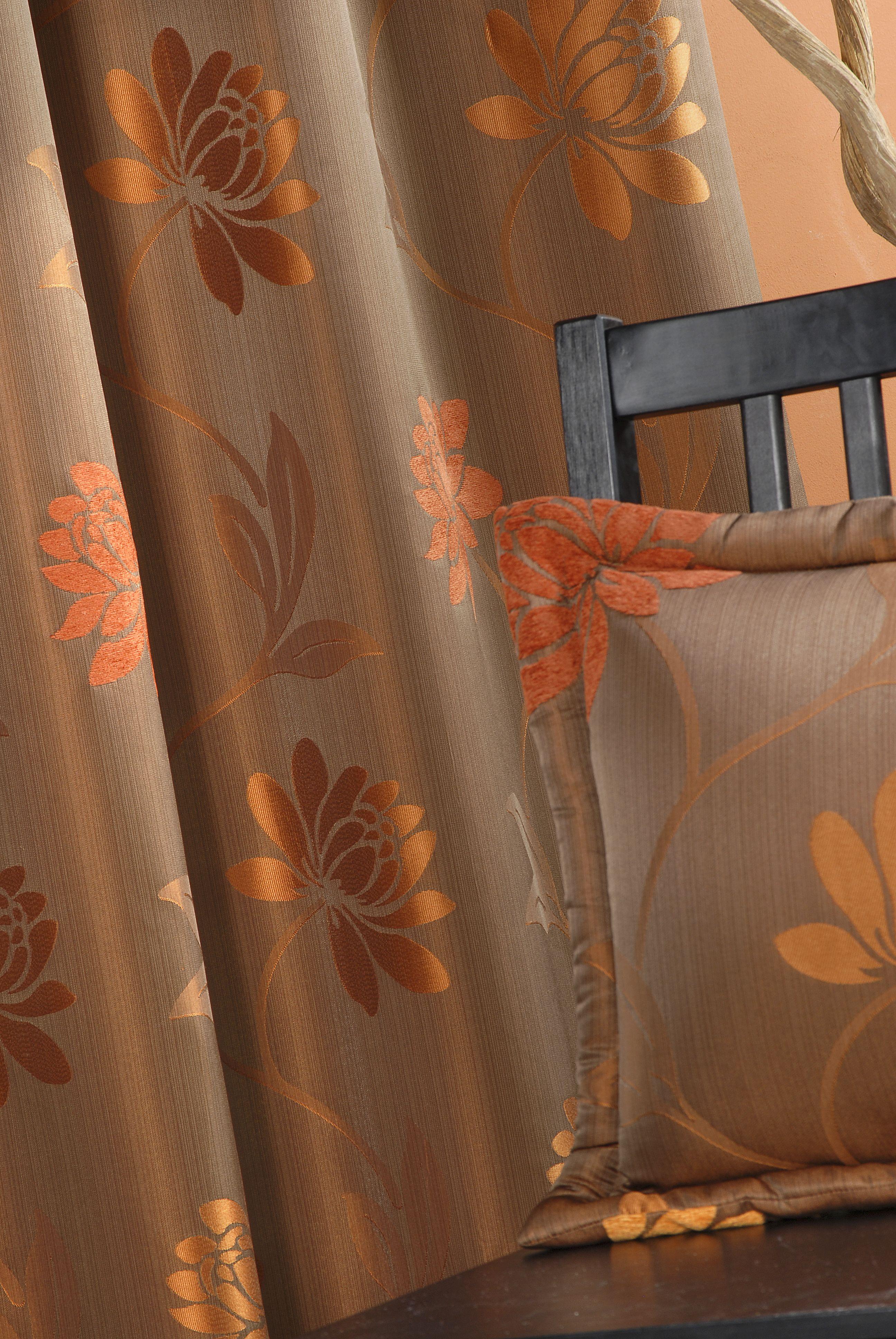 rideaux en jacquard avec des motifs fleurs couleur moka autumn inspirations pinterest. Black Bedroom Furniture Sets. Home Design Ideas