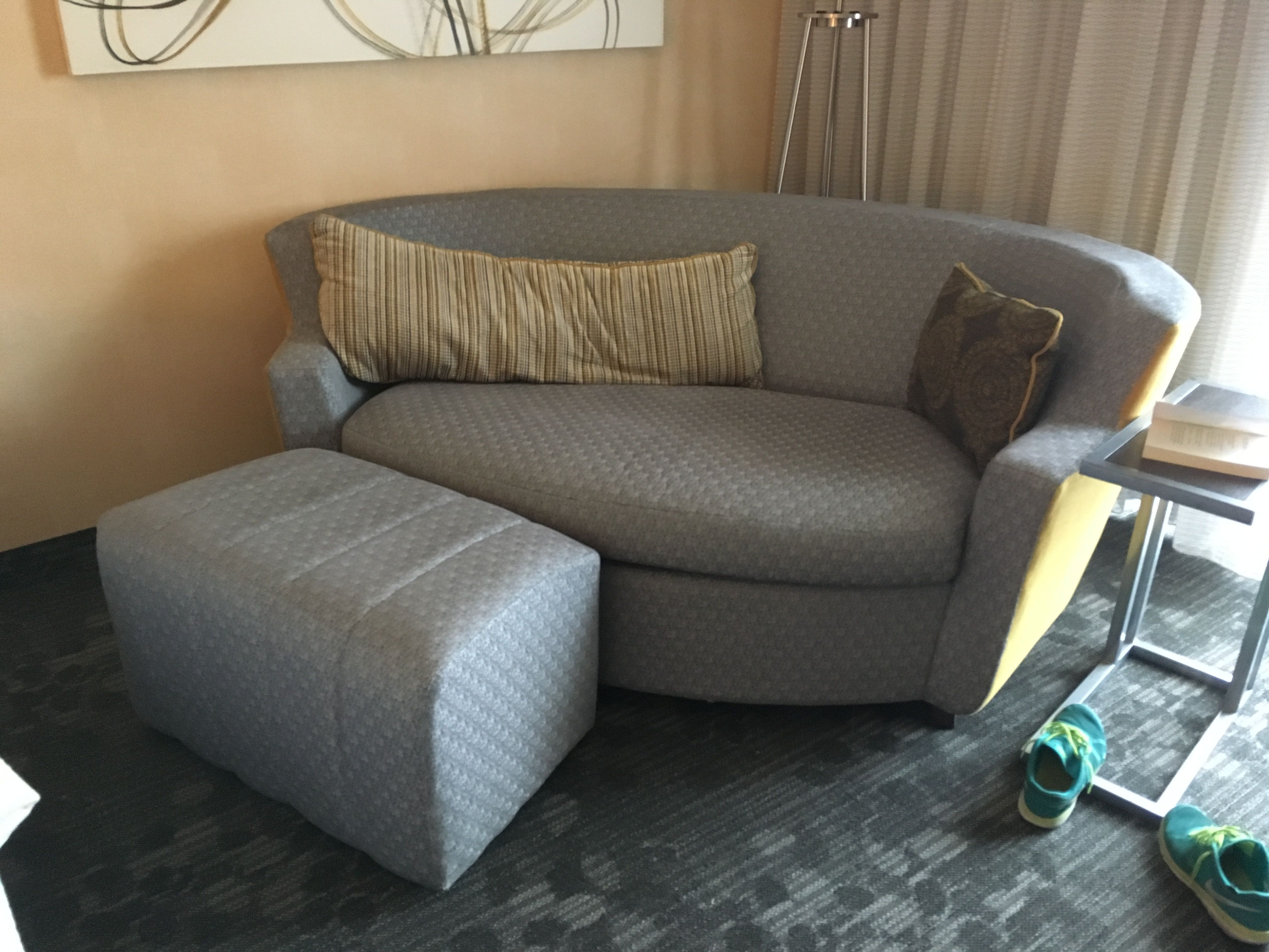 Loveseat Bed By Charter Furniture In The Courtyard By Marriott