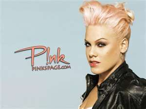 Pink Love Her Hair Style Would Totally Do This Pink Singer Singer Music Artists