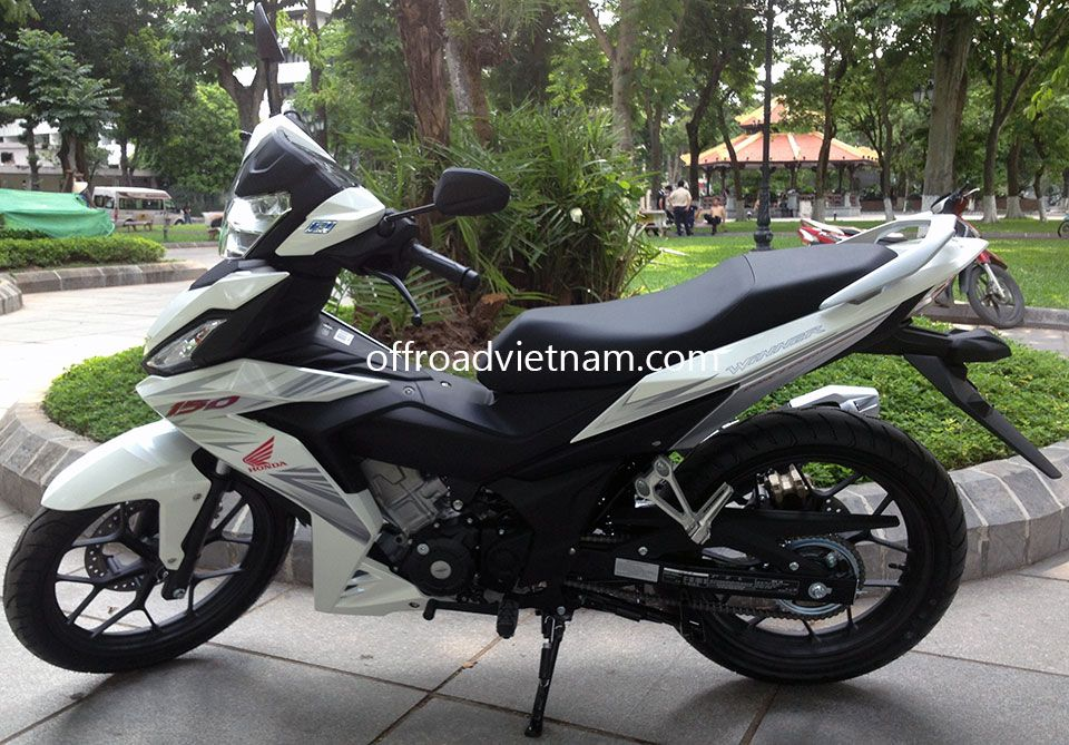 offroad vietnam dirt bike rental - honda xr150 150cc in hanoi