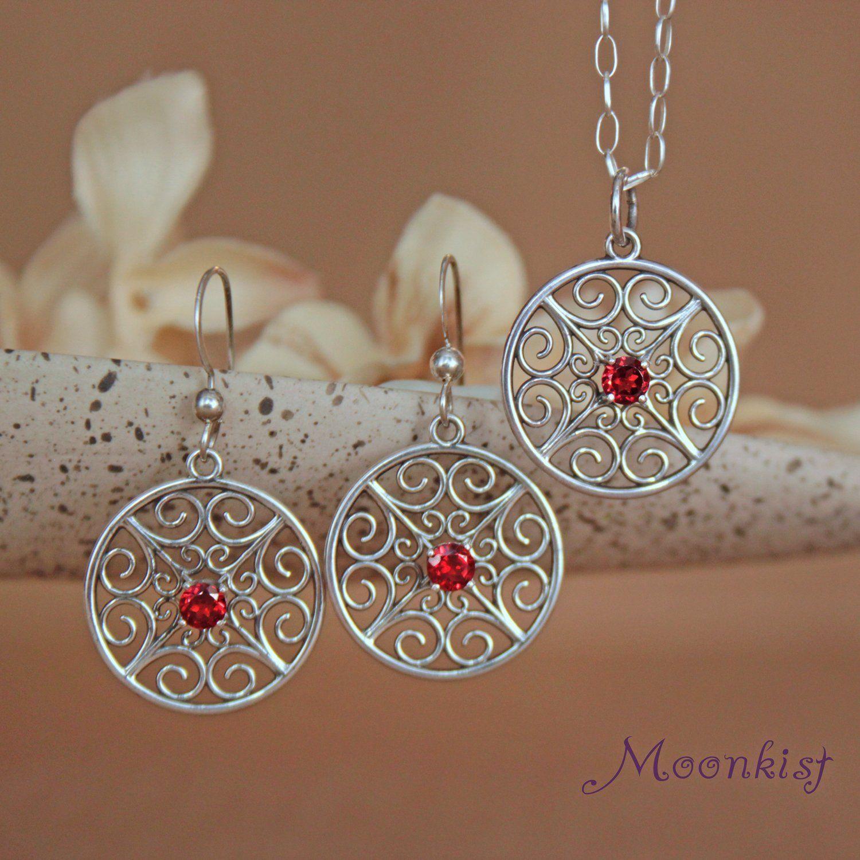 Unique silver round filigree garnet dangle earrings and pendant set