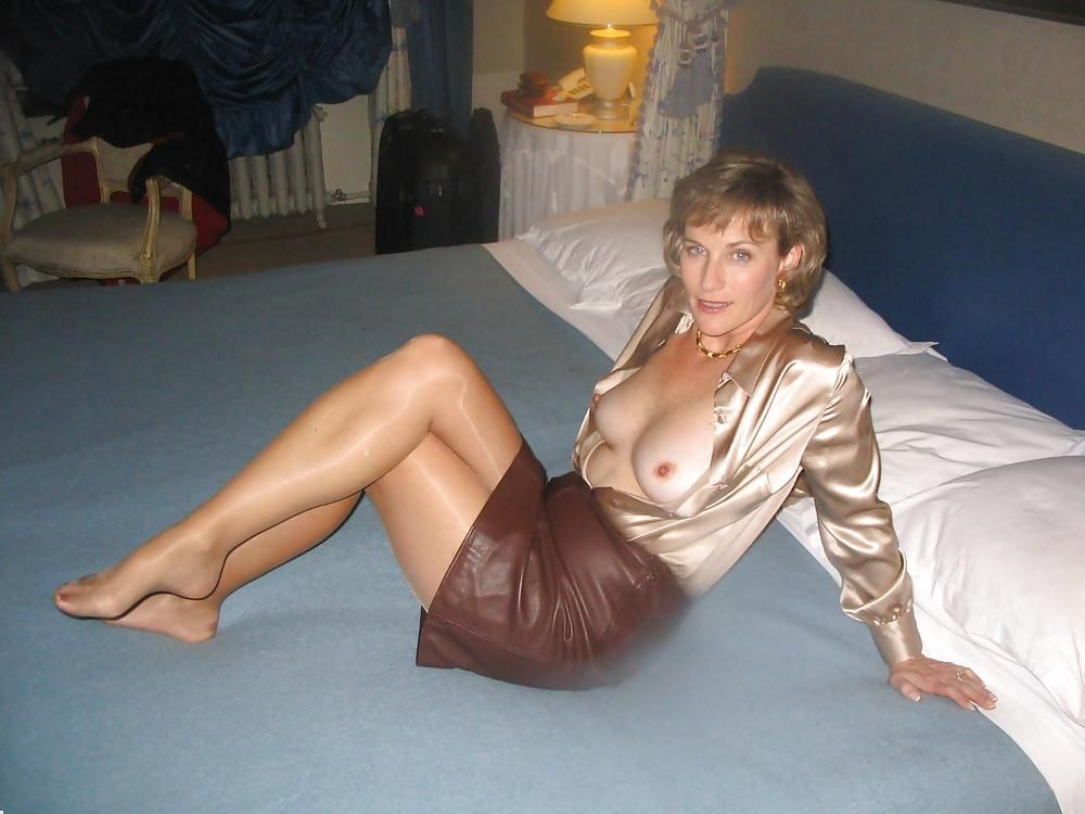 Pantyhose Pictures Pantyhose Pics Free Links