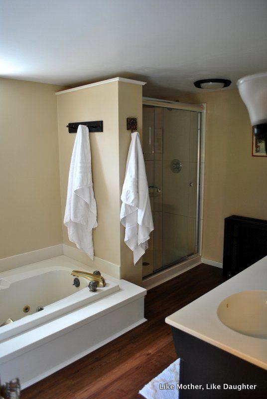 Photo of Almond bathroom fixtures: a make-do bathroom makeover! ~ Like Mother Like Daught…