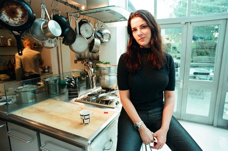 Kitchen Decorating Pictures Nigella Lawson Celebrity Chef In The Kitchen Of  Her London Home800 X 531