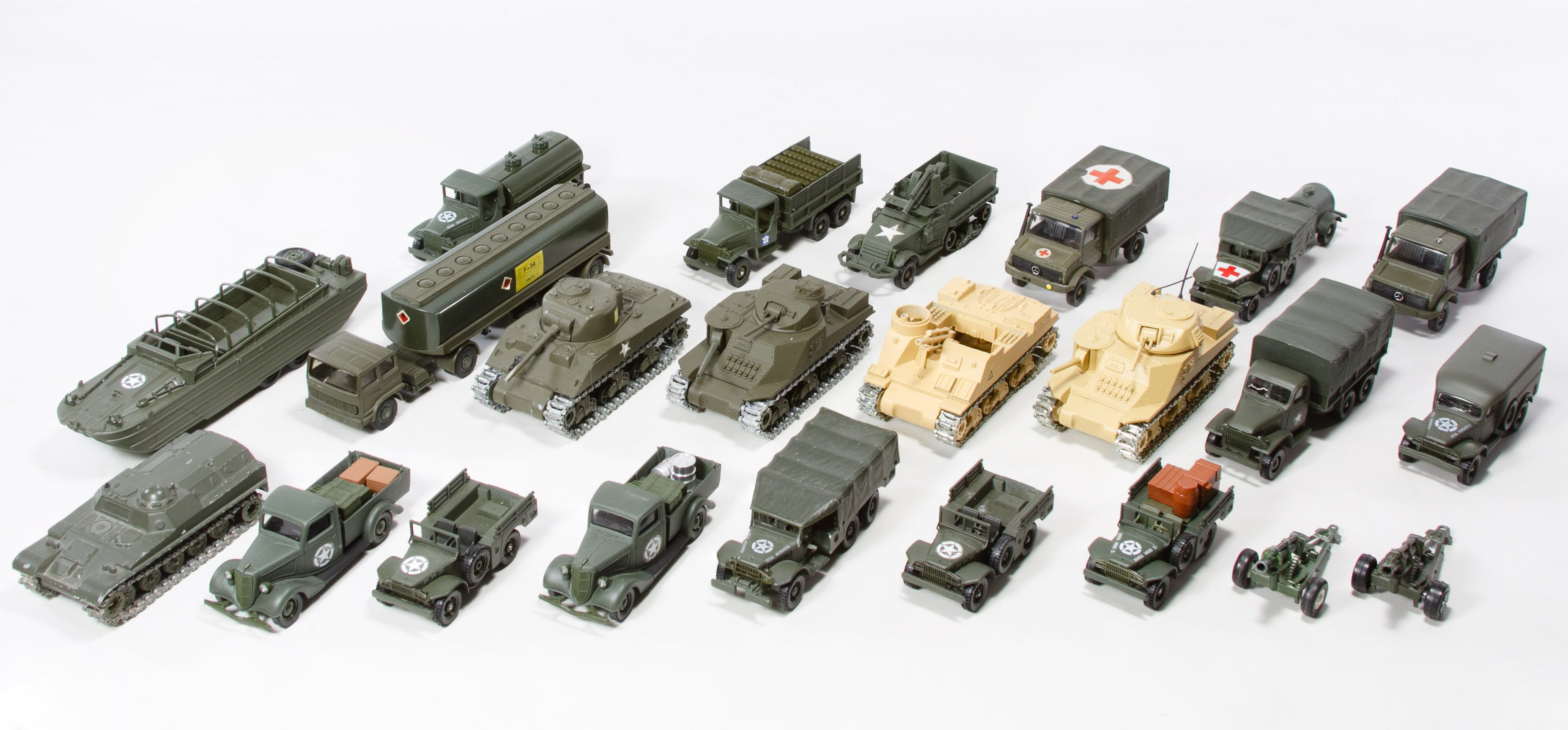 Lot 661 Solido Toy Military Vehicle Assortment Military