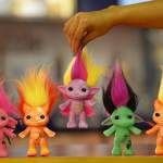 """These are called """"Zelfs."""" Their tag line is """"love your self."""" OMG, I kind of want one of those, that's ridiculous...it's the troll doll I  never got haha!"""