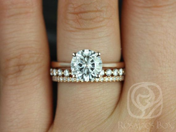 This Wedding Set Is Perfect For Those Who Are Clics Clean Design Both Feminine And Practical It Can Sit Flush Against Any Band All