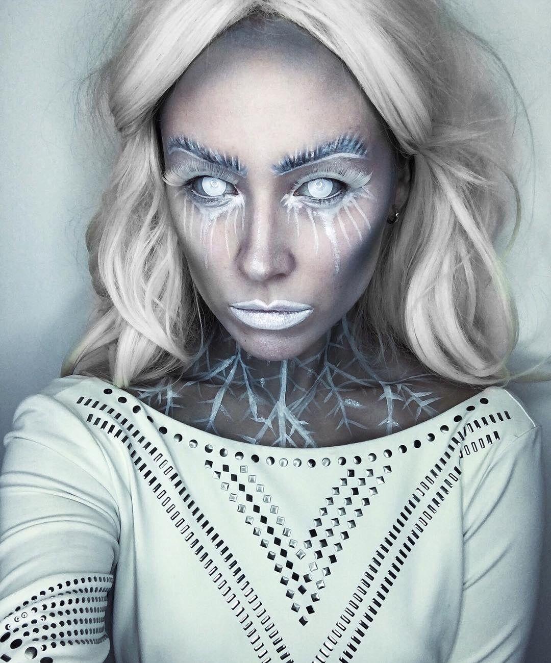 28 Ice Queen Halloween Makeup Looks That Are Chill Af Ice Queen Makeup Snow Queen Makeup Halloween Makeup Looks