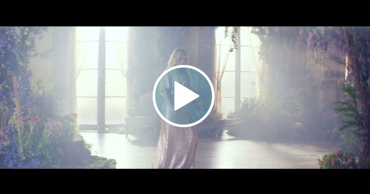 Kelly Clarkson Meaning Of Life Official Video Viral Chop