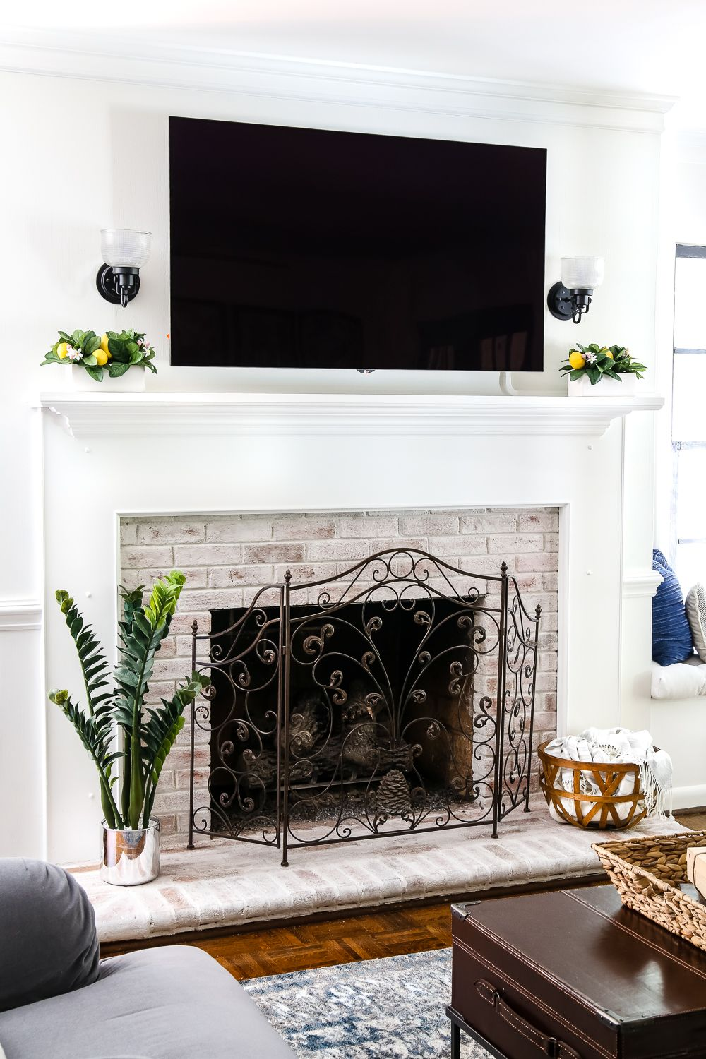 Diy lime washed brick fireplace marcos diy lime washed brick fireplace blesser house solutioingenieria Gallery
