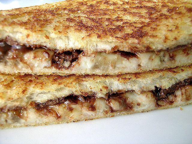 Fried Nutella & Banana Sandwich With Cinnamon Sugar Crust ...