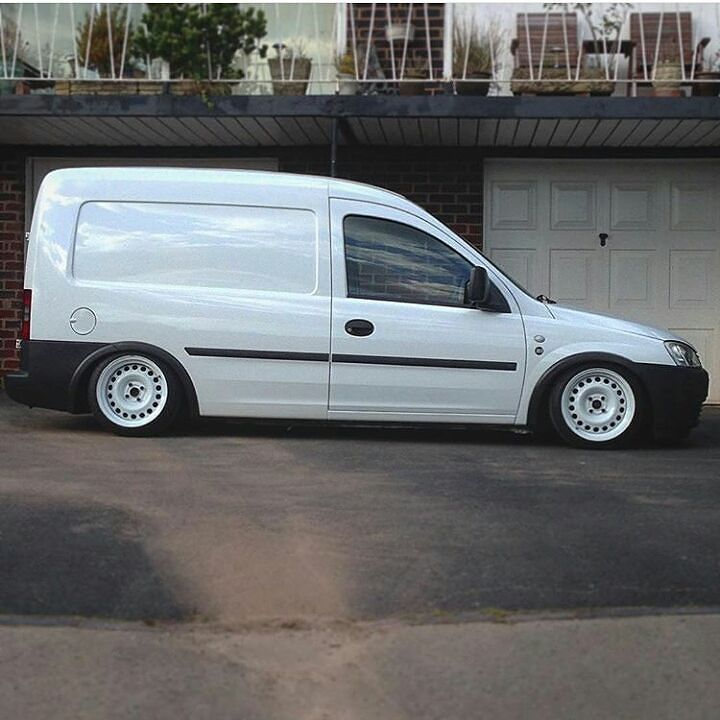 Dan Deakins Comblow Looks Mint Modifiedvans Opel Vauxhall