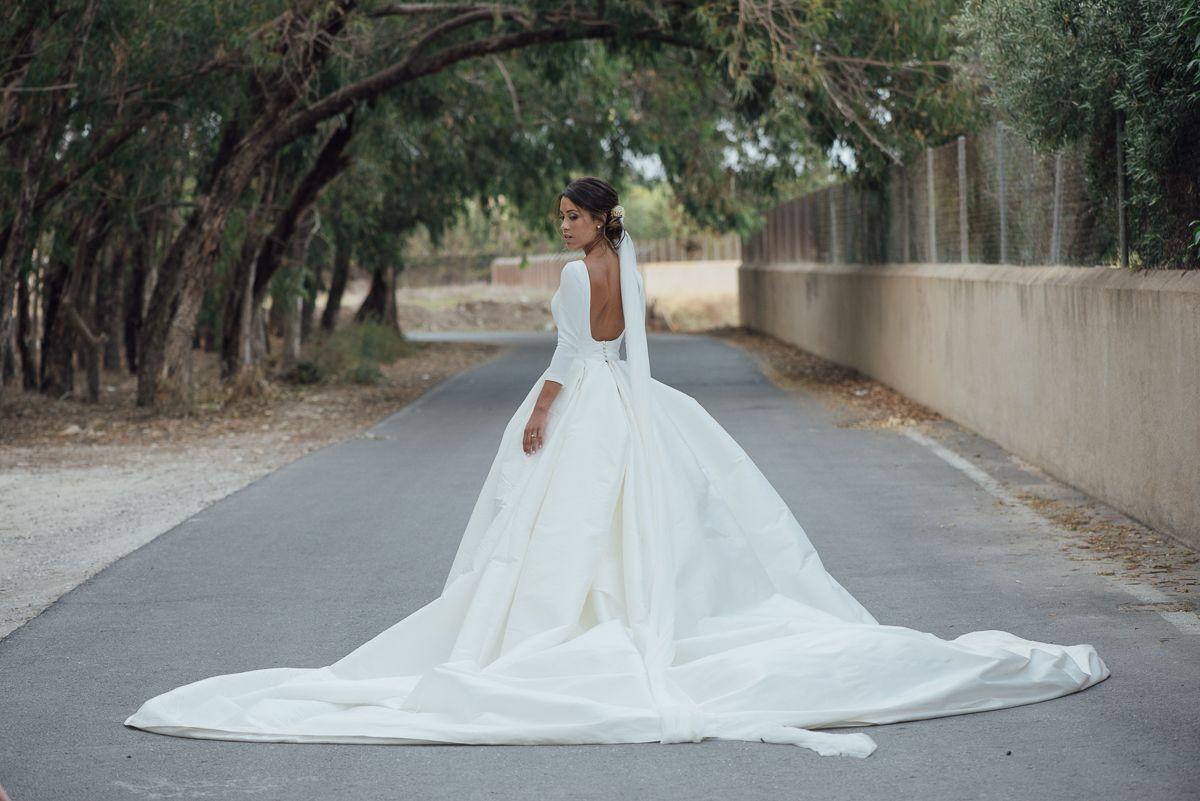 WEDDING PHOTOGRAPHY- LOVELY WEDDING DRESS - RUBEN HERNANDEZ - KIWO ...