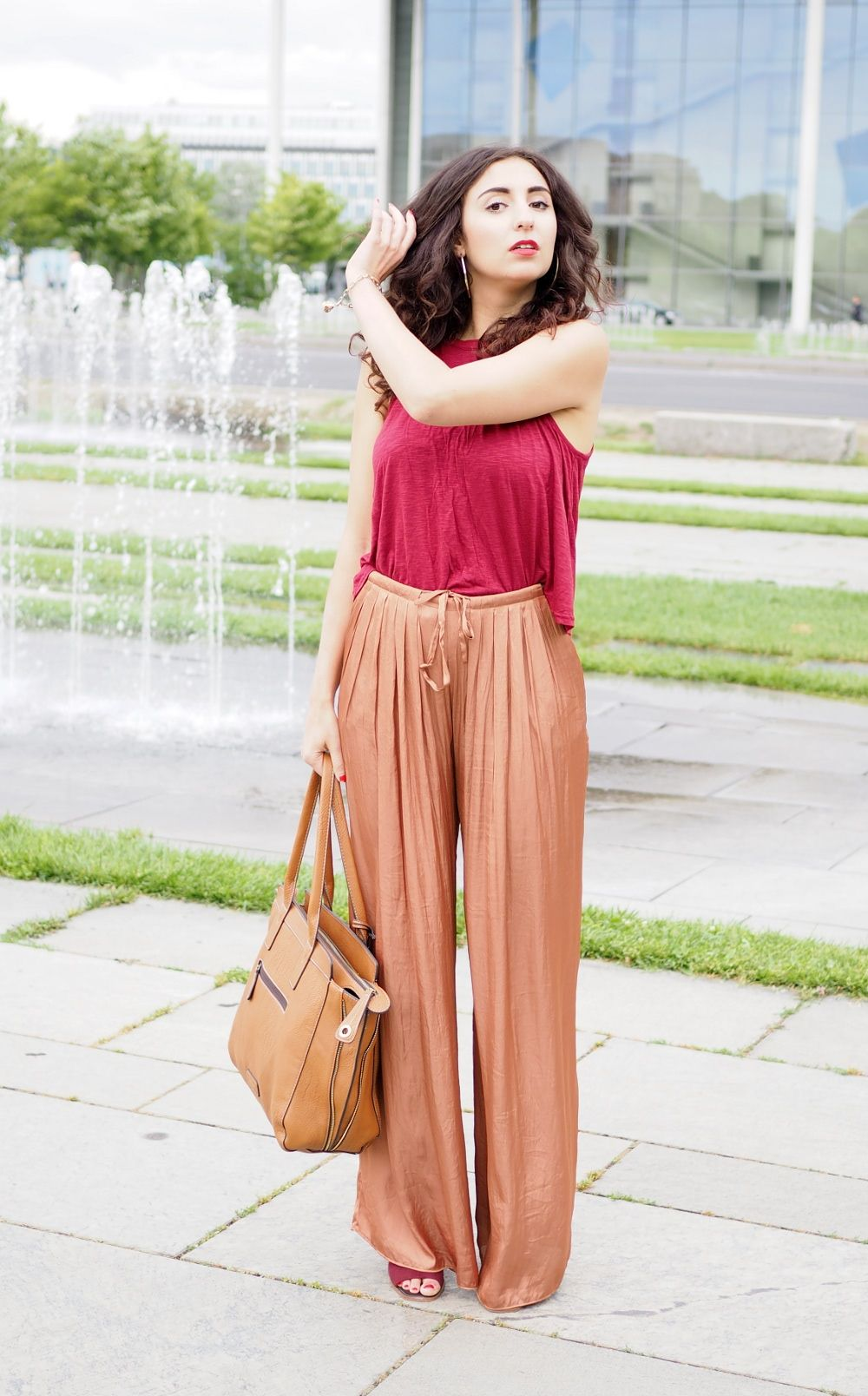 Palazzo Zara Pants Brown Pants Metallic Silky Pants Bronze Pants Fashion Blog Blogger Fashionweek Streetstyle MBFW