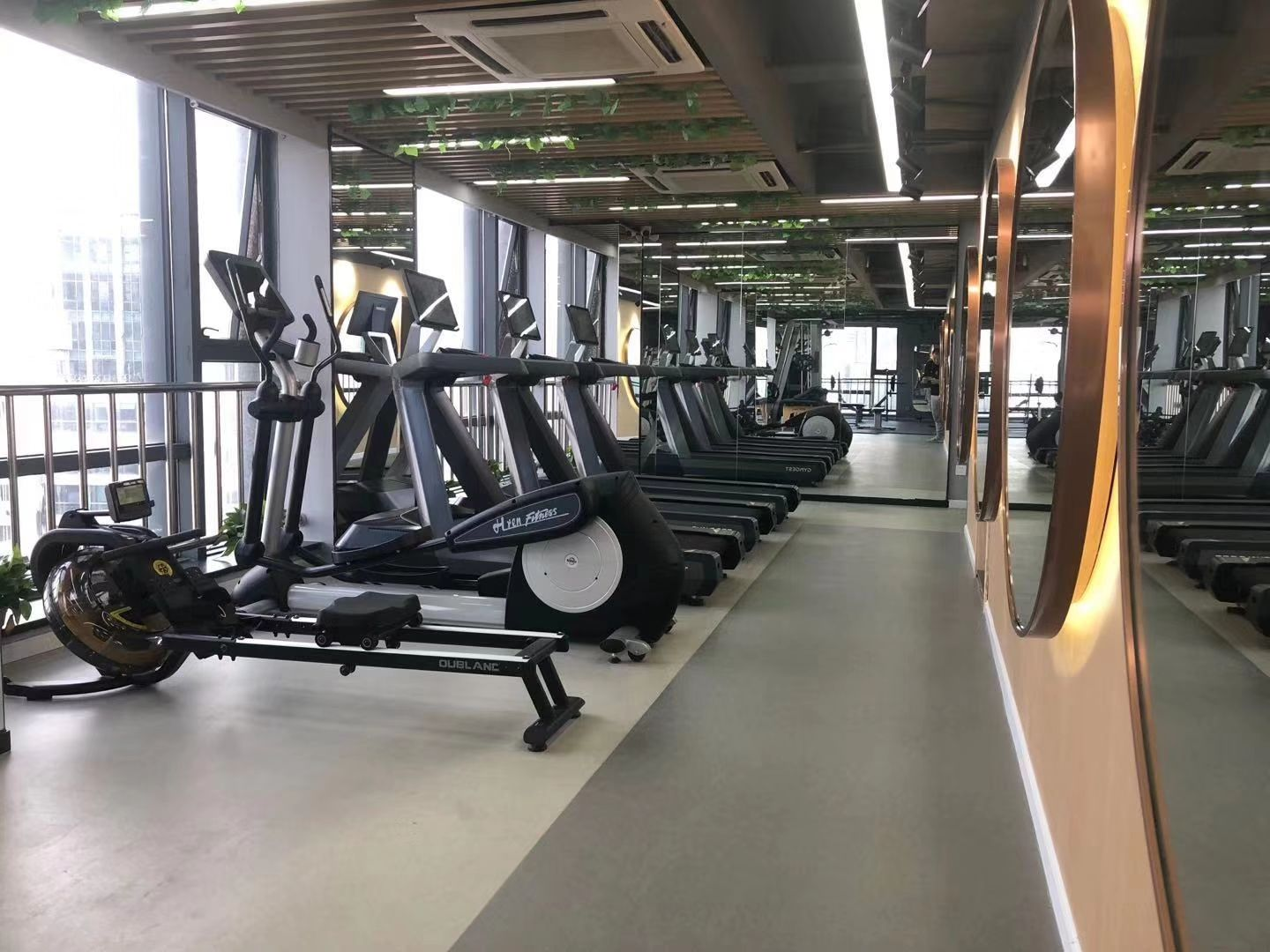 rubber flooring roll sheet for gym