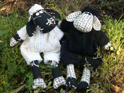 PATTERN Melly /& Me White Sheep Black Sheep fun softie PATTERN