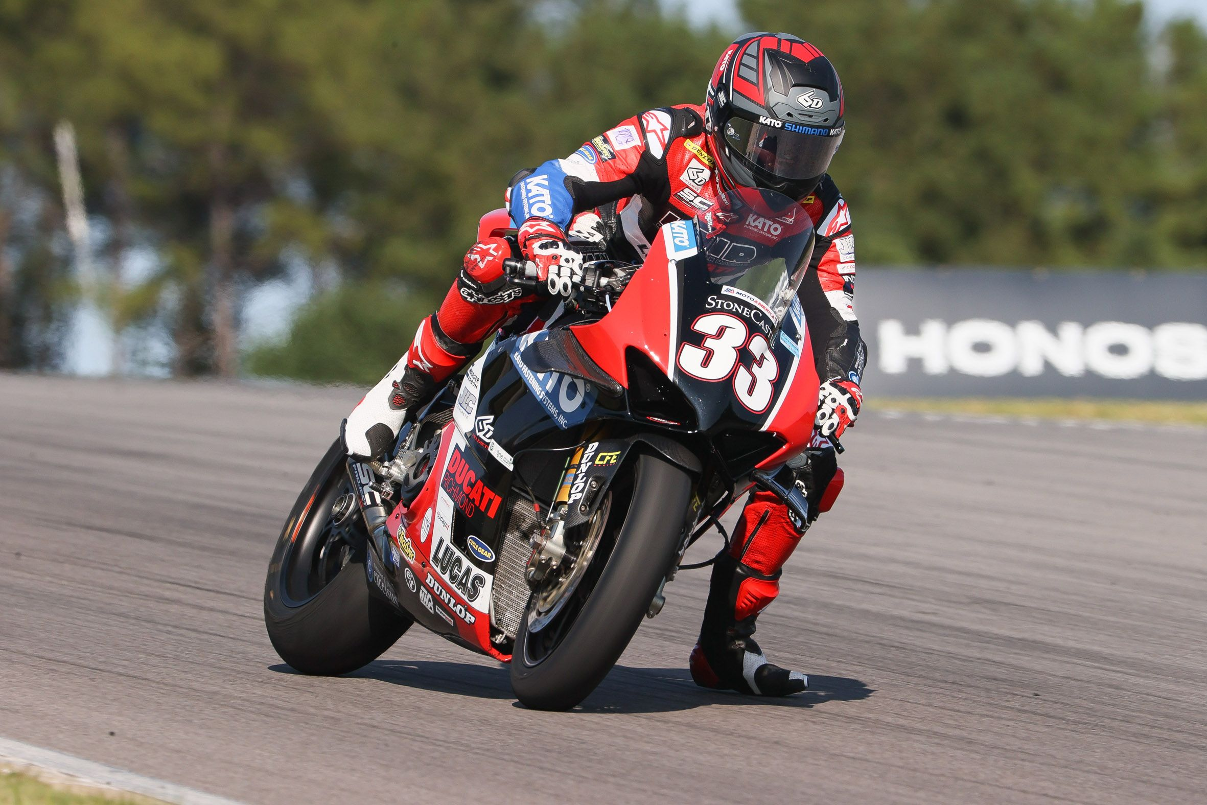Gravel Causes Ducati To Hit Wall And Crash At Motoamerica Sunnyvale Calif September 20 2020 Kylewyman And Th Ducati Motorcycle News Ducati Panigale