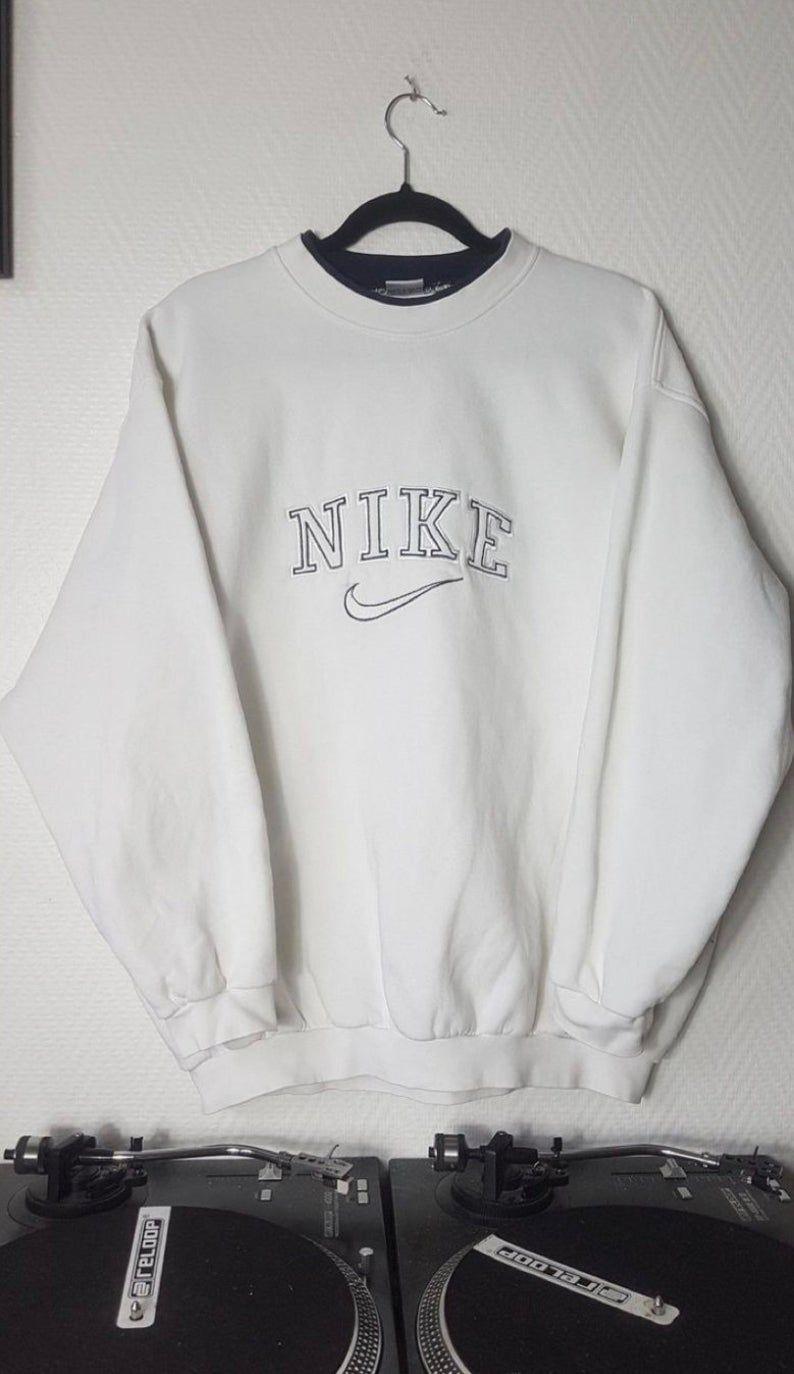 Vintage Nike Crewneck Nike Sweatshirt Oversized Crewneck Etsy In 2021 Retro Outfits Vintage Nike Sweatshirt Vintage Crewneck Sweatshirt [ 1374 x 794 Pixel ]