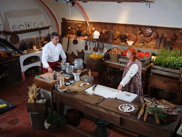 """Riprese televisive al Castello: """"Cucina e nobiltà"""""""