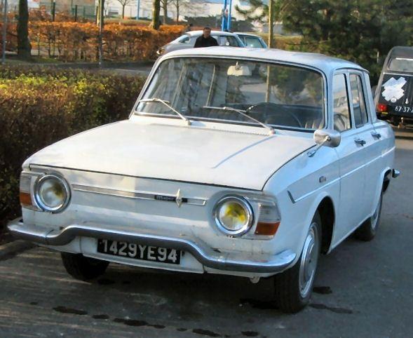 Renault 10 Major Blanche Du 94 Voiture Vintage Voitures Anciennes Voiture Francaise