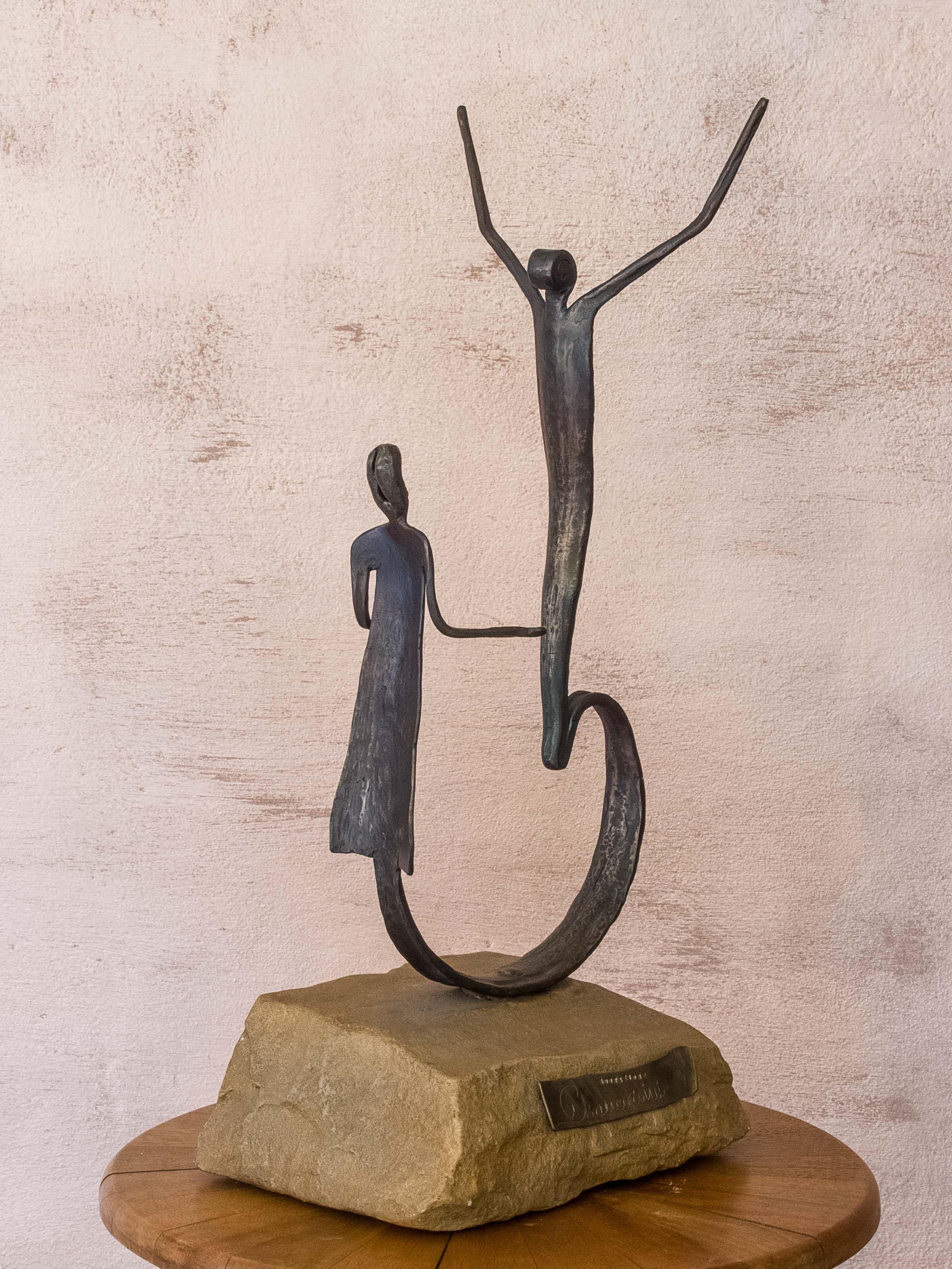 скульптор маноло гарсия работы фото вижу смысла брать
