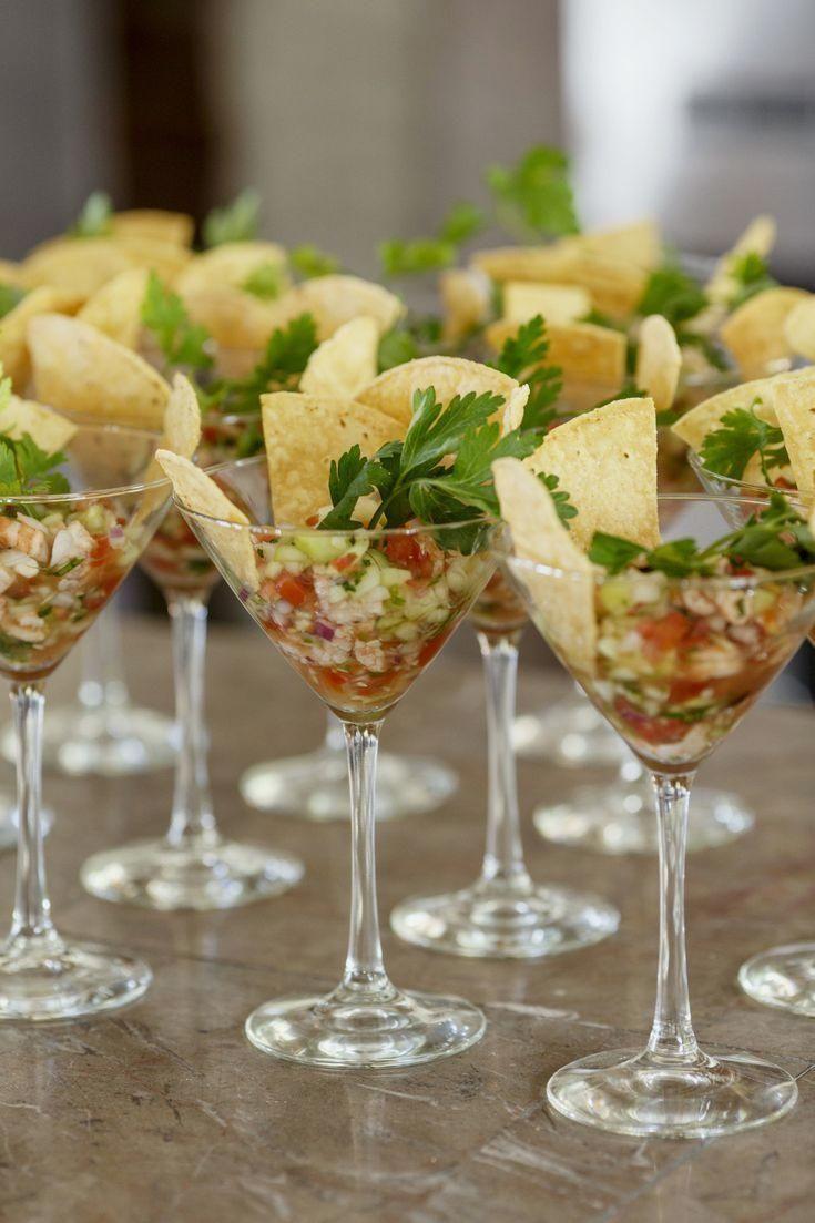 80 mexikanische Hochzeitsideen -  Hochzeits Vorspeisen – Shrimp Ceviche in ein... #mexikanische #mexikanischerezepte #rezepte #festmad