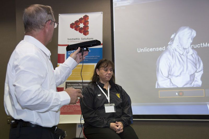 Demonstrating a 3D scan.