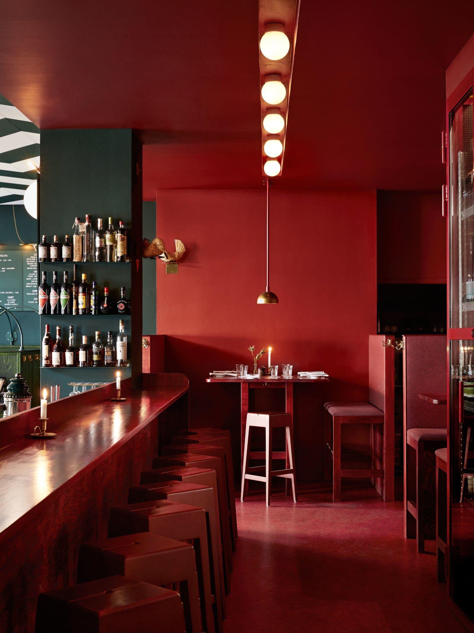 Uglycute idha lindhag · bar central restaurants