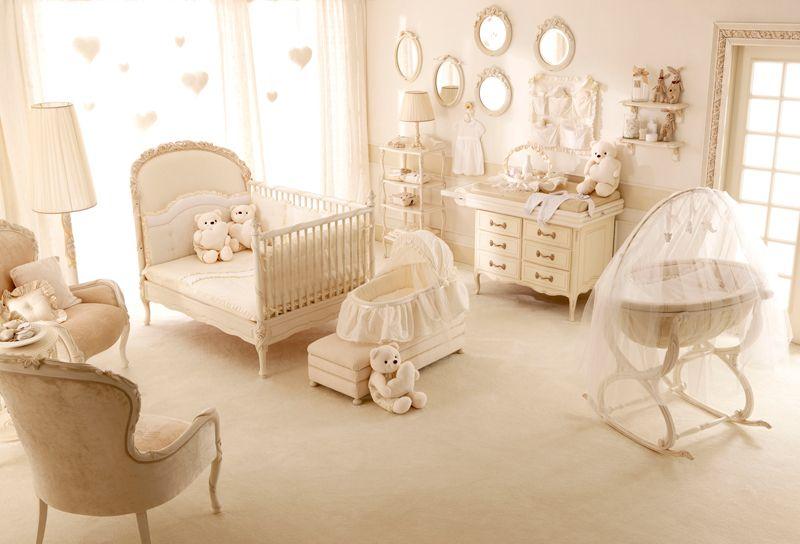 Arredare la camera di un neonato arredi fatati per i for Baby arredi
