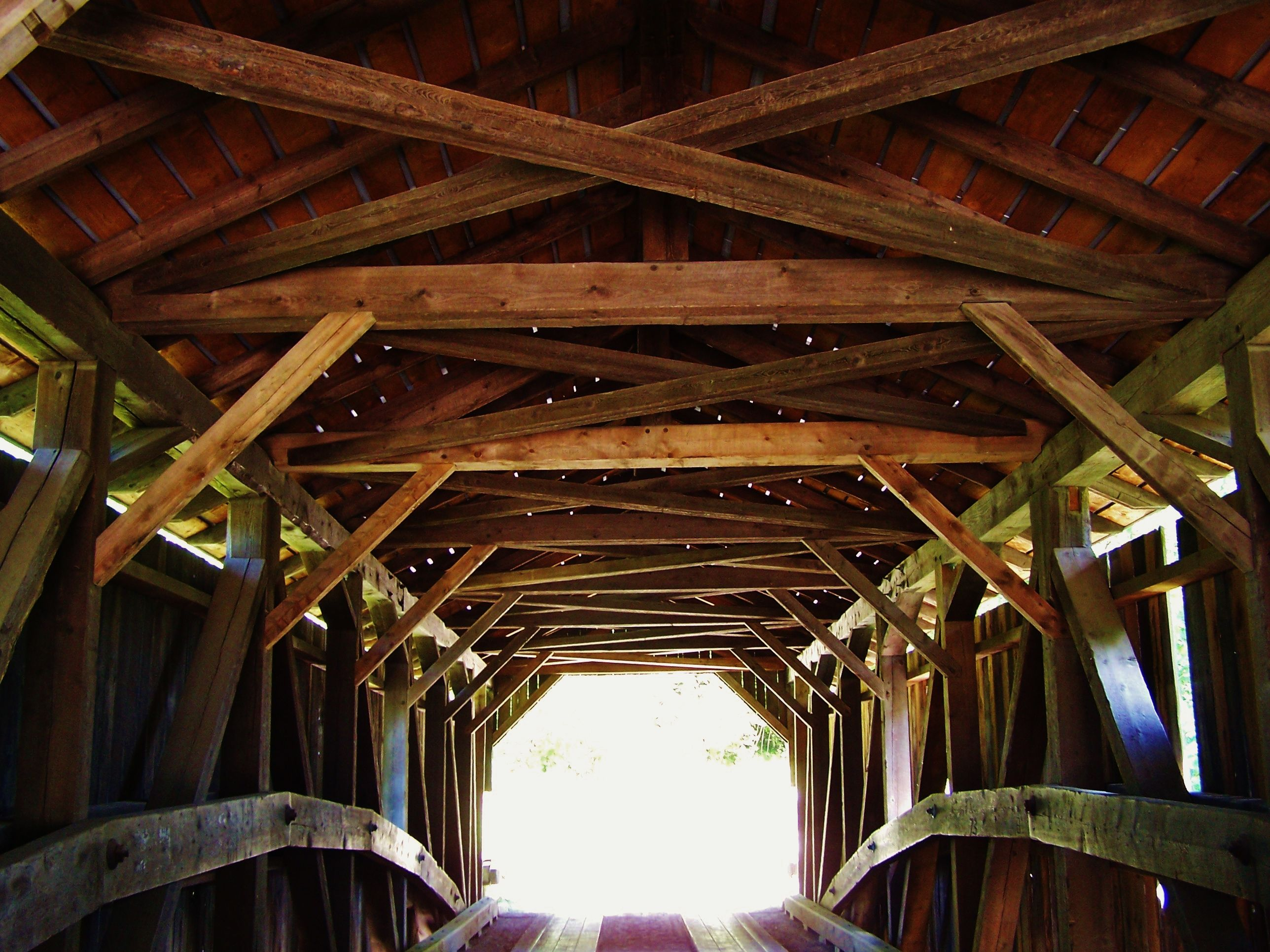 The Inside Of A Beautiful Covered Bridge That You Cross Before The Trail Head To The Brewster River Gorge Covered Bridges Trail Excursions