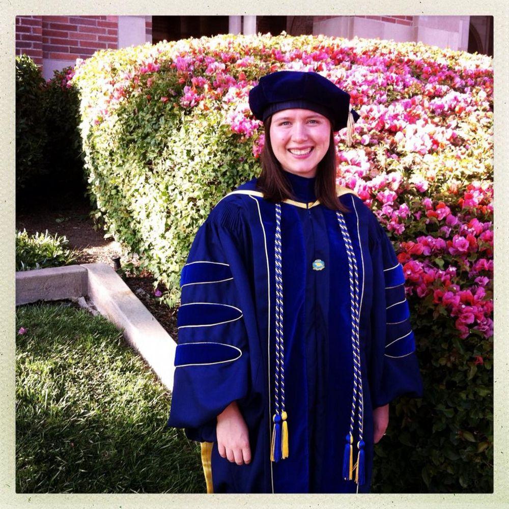 Ucla Phd Graduation Ucla Doctoral Regalia From Capgowncom