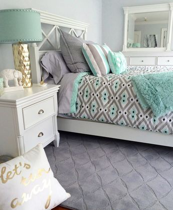 Who Doesnt Love Mint Green And Gray Together Create A Bright Airy Bedroom With Touch Of Gold Layer On The Patterns Hy Chic Bedding Faux Fur