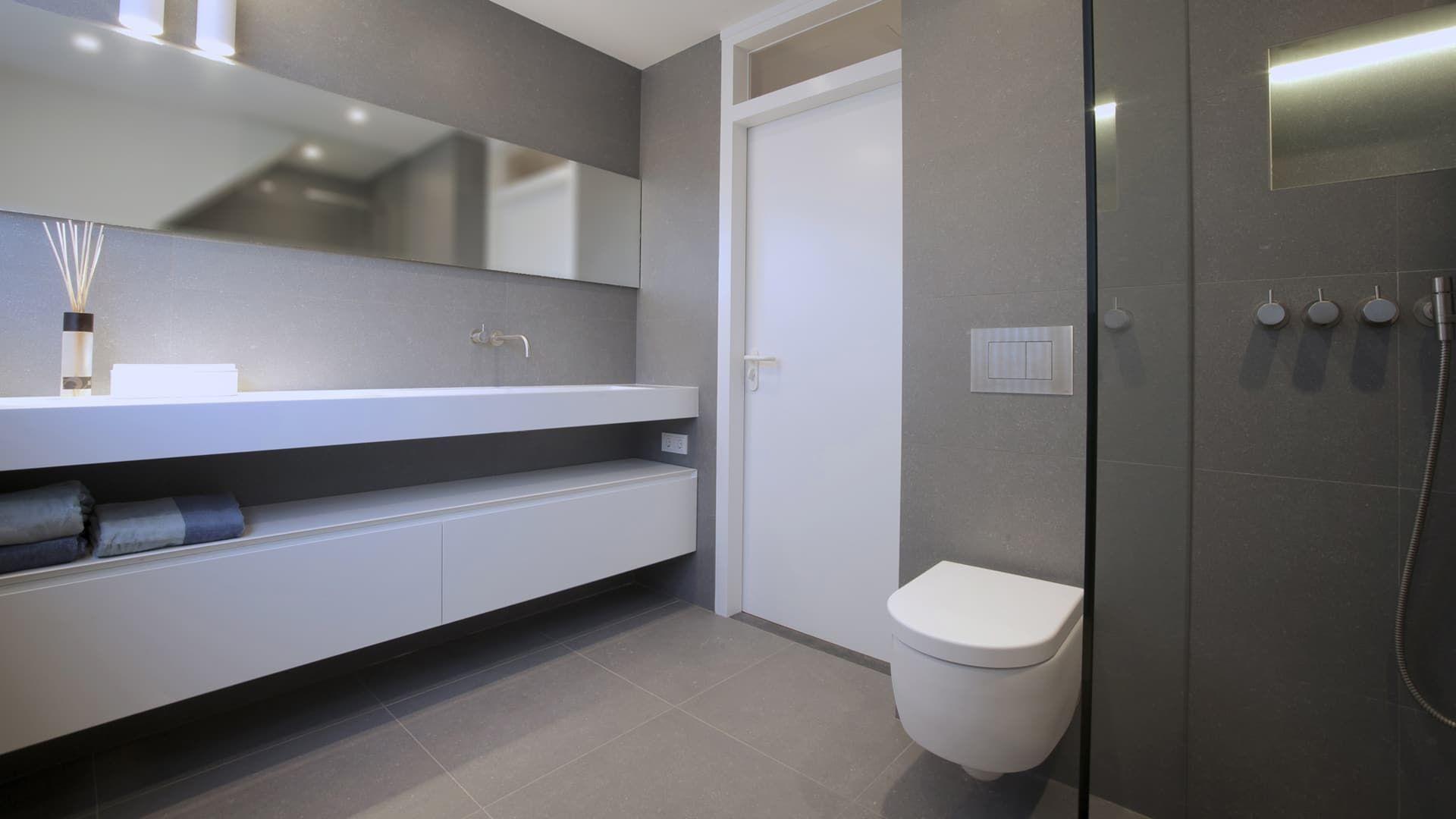 Maatwerk suite en badkamer hummel keukens, badkamers en tegels ...
