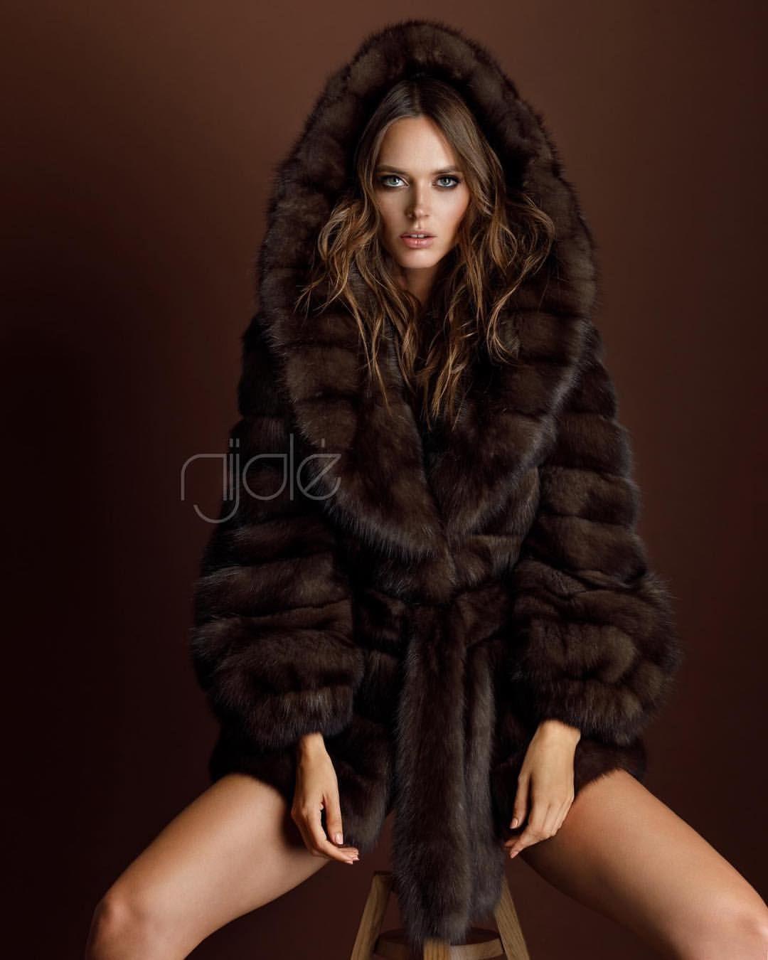 3c86b873264 Queen of furs 👑 Nijole #nijolefurs#realfurs#fashionfurs #соболь# monmonaco#