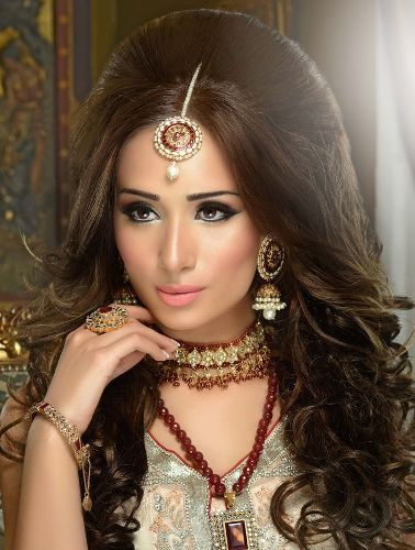Top Indian Engagement Hairstyles Engagement Hairstyles Indian - Hairstyle for engagement girl