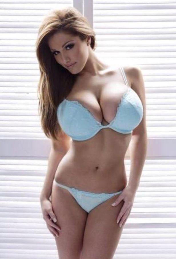 Foxy Sweetie Lucy Pinder Reveals Huge Tits