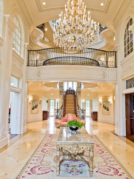 If You Love Coco Chanel You Ll Love This Texas Mansion