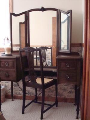 1930s Bedroom Furniture : 1930s, bedroom, furniture, Perfect, Height, Mirror!, Bedroom,, Furniture, Styles,