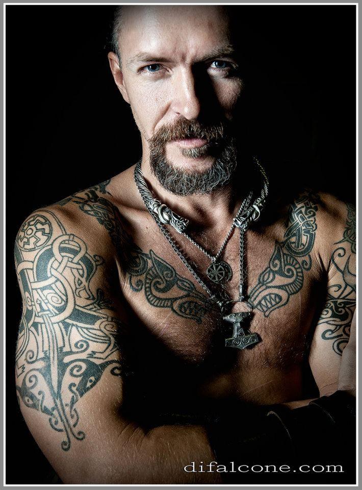 Alex Sacha Alex Sacha Modele Masculin France Viking Tattoos