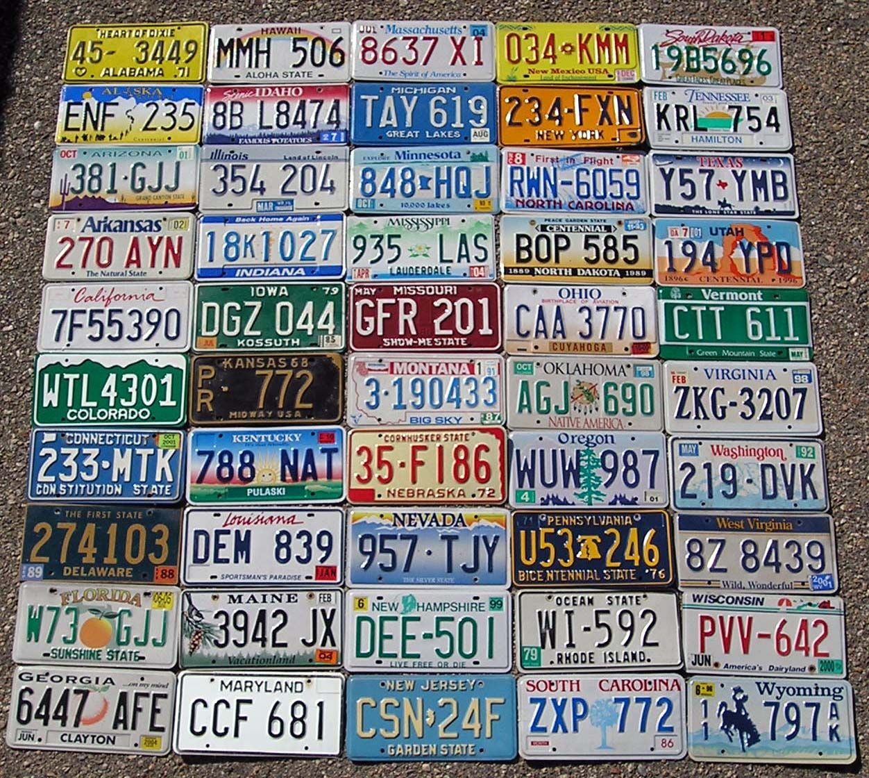 Visit all 50 states and take a picture by all the welcome to signs