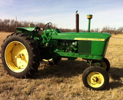 john deere 2510 tractor ebay tractor barn pinterest tractor vintage tractors and. Black Bedroom Furniture Sets. Home Design Ideas