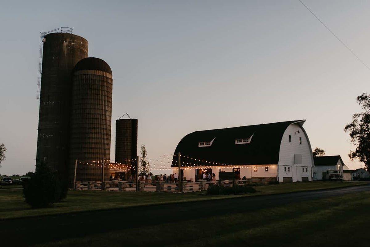 20 Rustic Illinois Wedding Venues | Illinois wedding ...