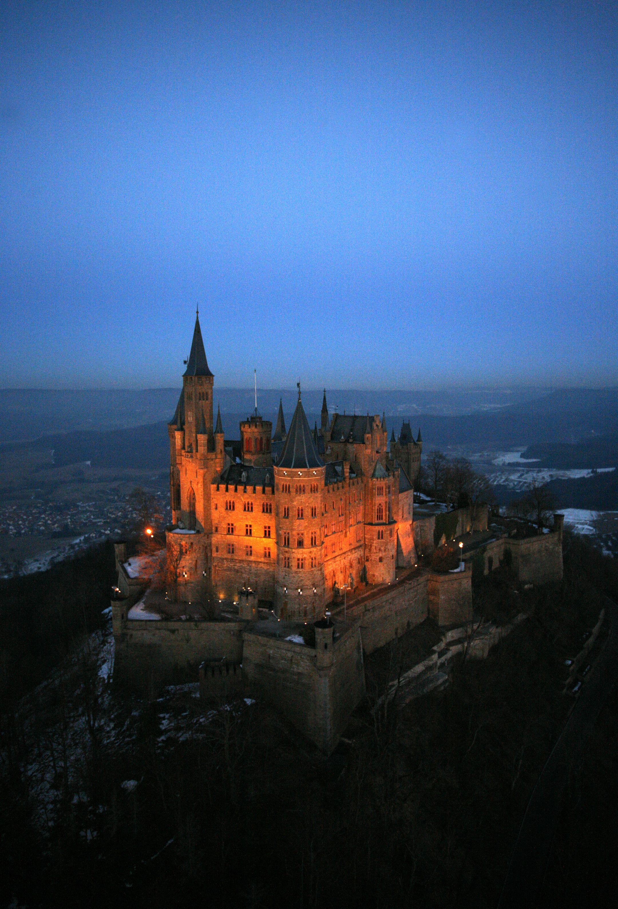 Burg Hohenzollern Burg Deutschland Burgen Mittelalterliche Burg