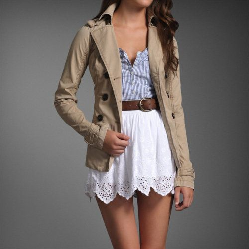 jacket with that skirt <3