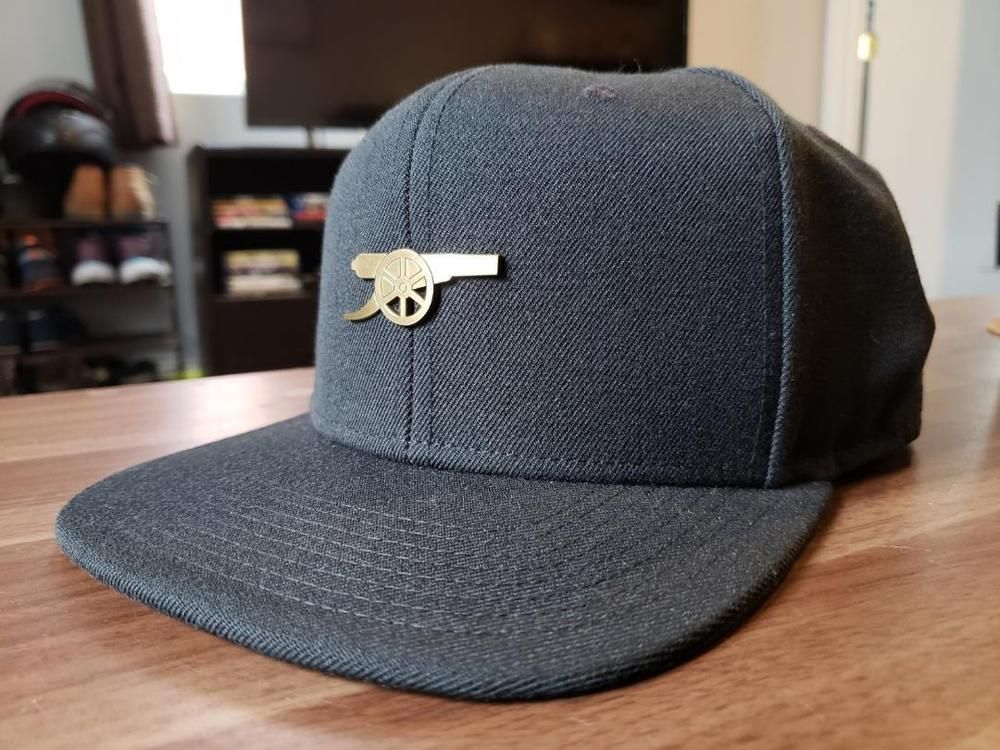 d5d78967227 Arsenal metal badge snapback hat cap  RARE  only sold in London team store!