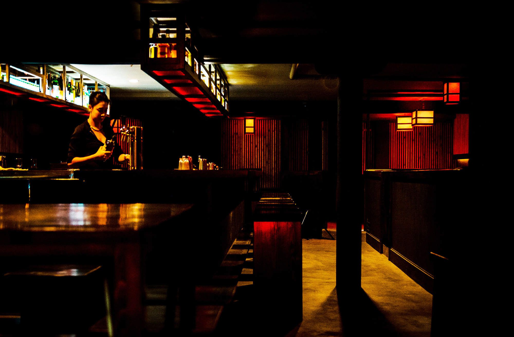 How to Get Into Chicago's Secret Bars | Chitown - Chicago