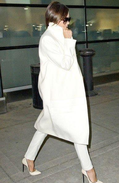 Victoria Beckham | Minimal   Chic | L O O K | Celebrity Street ...